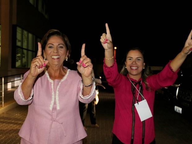 RN - Mossoró - Rosalba Ciarlini (PP) e Nayara Gadelha (Foto: Marcelino Neto/G1)