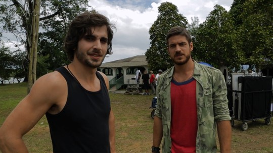 Vídeo: Fiuk e Marco Pigossi mostram set em ilha na Amazônia