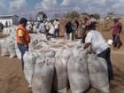Governo da PB distribui ração animal com criadores da região de Sousa