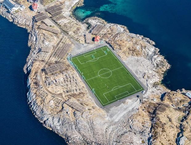 Henningsvær Stadion - Noruega - ilha