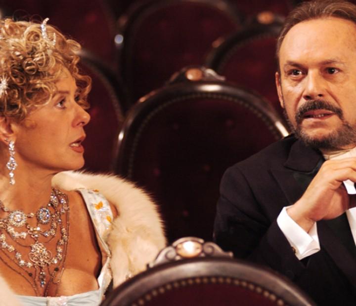 Vera Fischer contracenou com José Wilker em 'Amazônia' (Foto: Cedoc / TV Globo)