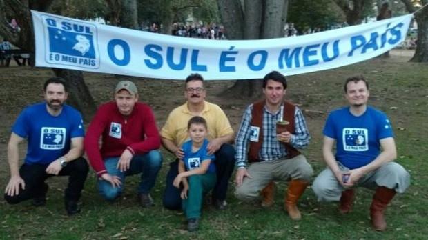 """O movimento """"O Sul é o Meu País"""" foi criado em 1992 (Foto: Reprodução)"""