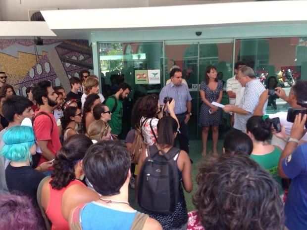 Cerca de 50 pessoas participaram do ato (Foto: Fatma/Divulgação)