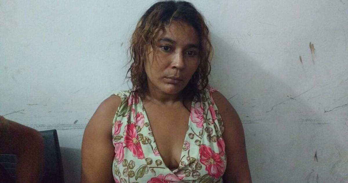 Mãe foragida é descoberta ao apoiar filho detido em delegacia de RR | Globo G1