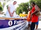 Alunos e professores de farmácia atendem gratuitamente em Piracicaba