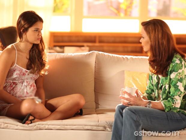 Luiza e Helena vão romper relações de vez por causa do flautista (Foto: Pedro Curi/TV Globo)