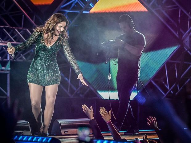 Ivete Sangalo em show em Goiânia, em Goiás (Foto: Francisco Cepeda/ Ag. News)