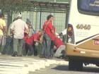 Grupos anti e pró PT entram em confronto em Jacareí; assista vídeo