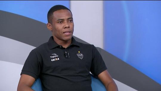Elias destaca luta para voltar à Seleção e lamenta poucas chances na Europa