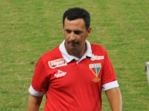Eduardo Henrique, técnico do Ope VG (Foto: Christian Guimarães)