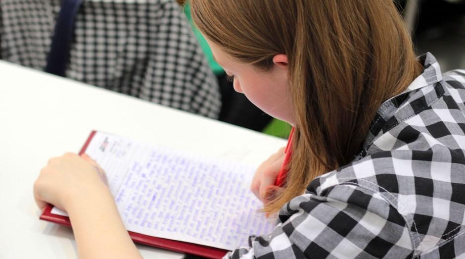 mulher, estudo, lendo, faculdade (Foto: Reprodução/Pexels)