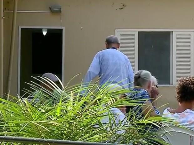Idosos terão que ser removidos de casa de repouso interditada. (Foto: Reprodução/RBS TV)
