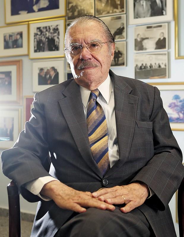 OUTRAS IDEIAS José Sarney defende uma reforma política, mas não a almejada pelo PT (Foto: André Dusek/Estadão Conteúdo)