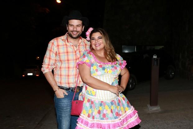Fabiana Karla e o marido no Arraiá do Huck (Foto: Dilson Silva/ Ag. News)