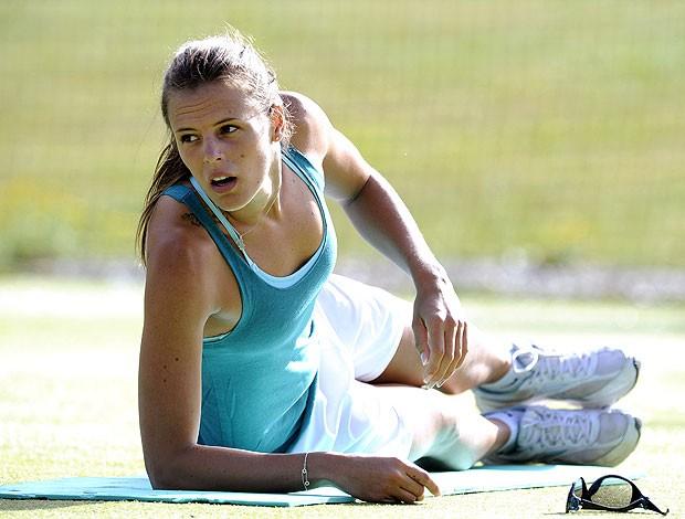 Laure Manaudou no treino da França (Foto: AFP)