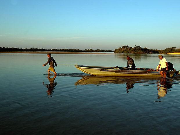 Pesca no rio Araguaia é fonte de renda em Nova Xavantina-MT. (Foto: José Medeiros/Secom-MT)
