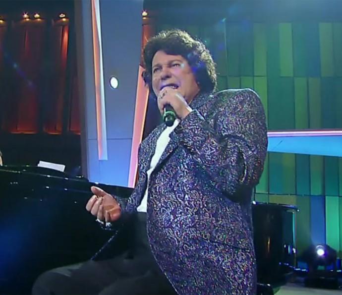 Cauby Peixoto inspira looks de Gabriel Diniz (Foto: Vídeo Show / TV Globo)