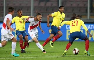 Paolo Guerrero seleção peruana (Foto: EFE)