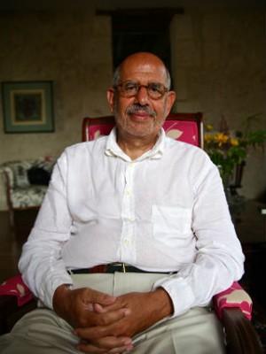 ElBaradei na sala de estar de sua casa em La Romieu, onde ele costuma ouvir música clássica e jazz (Foto: Flavio Azm Rassekh/ÉPOCA)