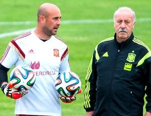 Pepe Reina e Del Bosque treino Espanha (Foto: Getty Images)