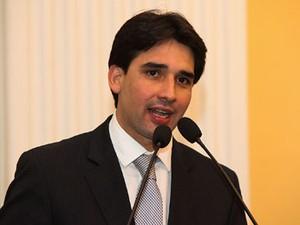 Deputado estadual Silvio Costa Filho era acusado de usar notas frias (Foto: Divulgação)
