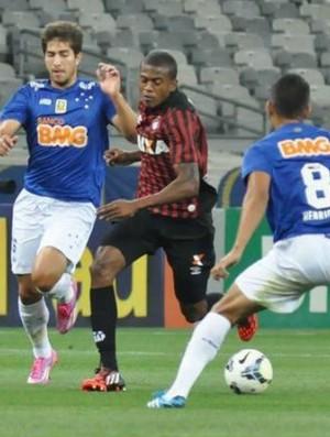 Atlético-PR perde para o Cruzeiro no Mineirão (Foto: Maurício Mano/ Site oficial Atlético-PR)