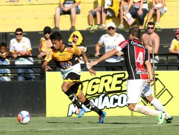 O time que vencer a partida de domingo estará na final do Catarinense (Foto: Fernando Ribeiro / Criciúma EC)