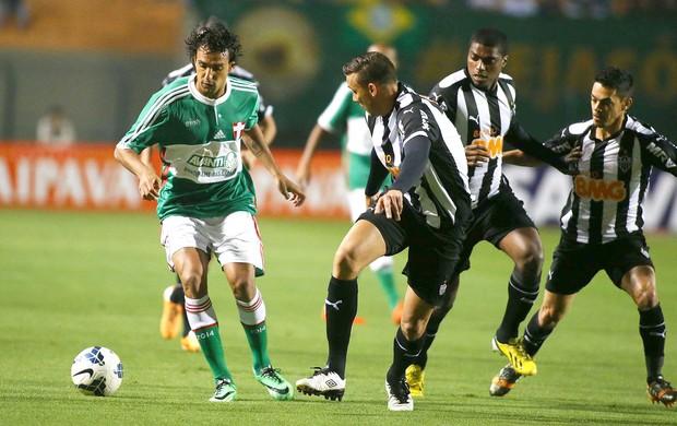 Diogo no jogo Palmeiras x Atlético-MG (Foto: Marcos Bezerra / Futura Press)