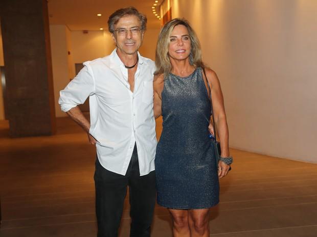 Carlos Alberto Riccheli e Bruna Lombardi em pré-estreia de musical em São Paulo (Foto: Manuela Scarpa e Cláudio Augusto/ Foto Rio News)
