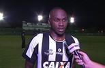 """Sassá diz que tem vontade de continuar no Botafogo: """"Agora estou focado"""""""