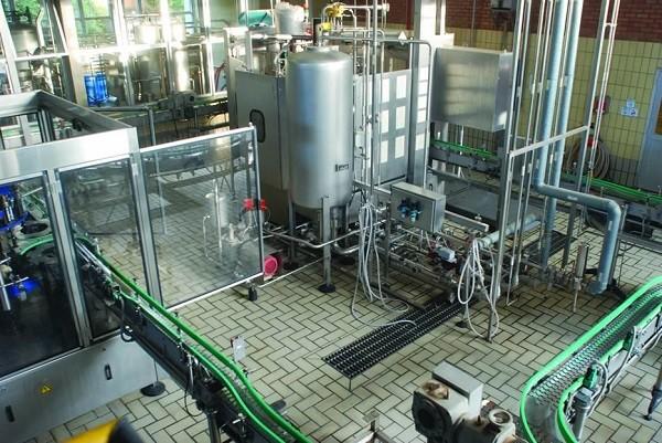 Cervejaria Escola com capacidade de produção superior a 10 mil litros por mês