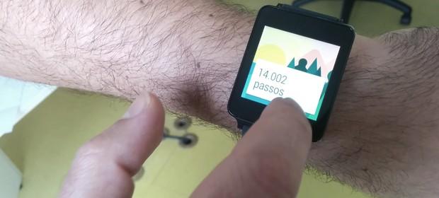 Nosso teste com o G Watch, o smartwatch da LG com Android Wear (Foto: Pedro Henrique Schmidt)