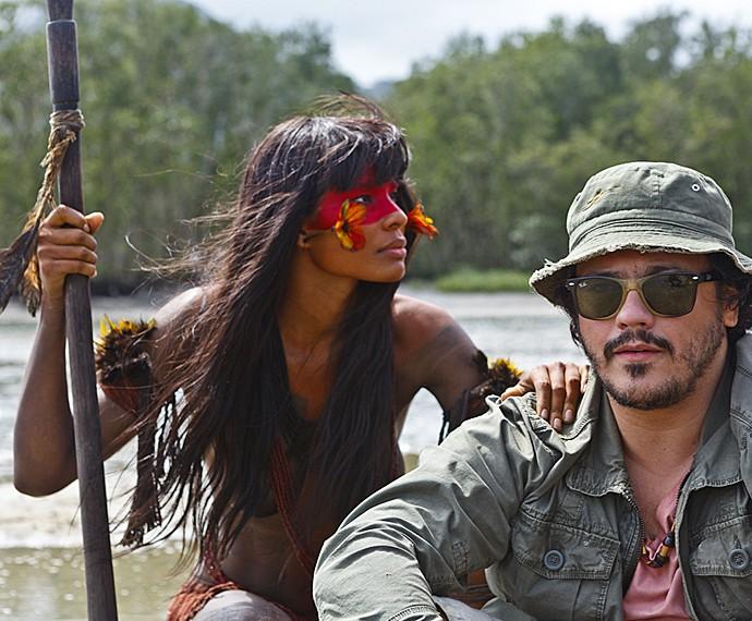 Em cena, Suyane Moreira com o ator Danton Mello (Foto: Vídeo Show / Gshow)