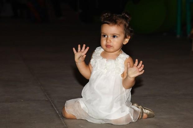 A fofíssima Laura, filha de Mariana Belém (Foto: Manuela Scarpa/ Foto Rio News)