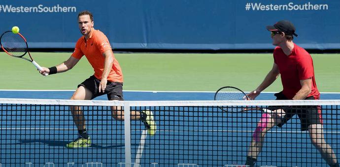 Bruno Soares e Jamie Murray no Masters 1000 de Cincinnati (Foto: Divulgação)