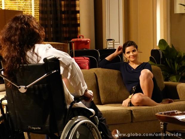 Mariah e Aline são cúmplices (Foto: Amor à Vida / TV Globo)