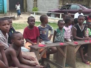 Oficinas do Ação do Coração na Nigéria (Foto: Reprodução/TV Tribuna)