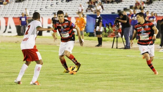 Campinense 1 x 0 Feirense, no Estádio Amigão (6ª rodada da 1ª fase da Copa do Nordeste 2013) (Foto: Magnus Menezes / Jornal da Paraíba)