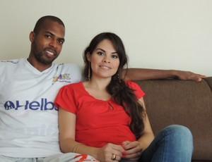 Riddick e noiva Mexicana Mirian (Foto: Thiago Fidelix)