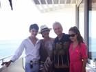 Catherine Zeta-Jones mostra momento família ao lado de Michael Douglas
