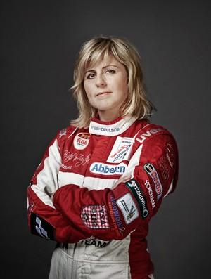 Sabine Schmitz é conhecida como 'a taxista mais rápida do mundo' (Foto: Reprodução / Facebook)