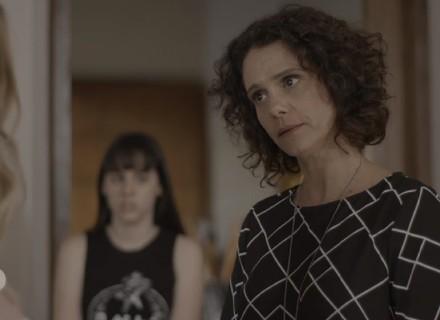 Marta se espanta com estado de Clara