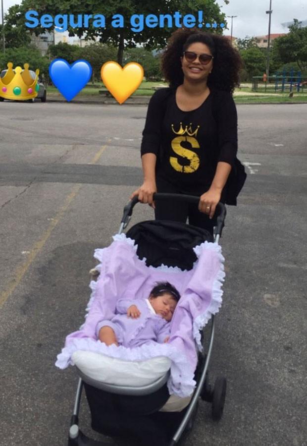 Juliana Alves e a filha, Yolanda (Foto: Reprodução Instagram)