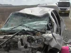 Acidente deixa sete mortos e 11 feridos no interior do Ceará (Foto: TV Verdes Mares/Reprodução)