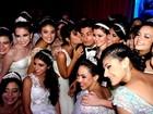 Arthur Aguiar vive dia de príncipe para 73 debutantes em Belém