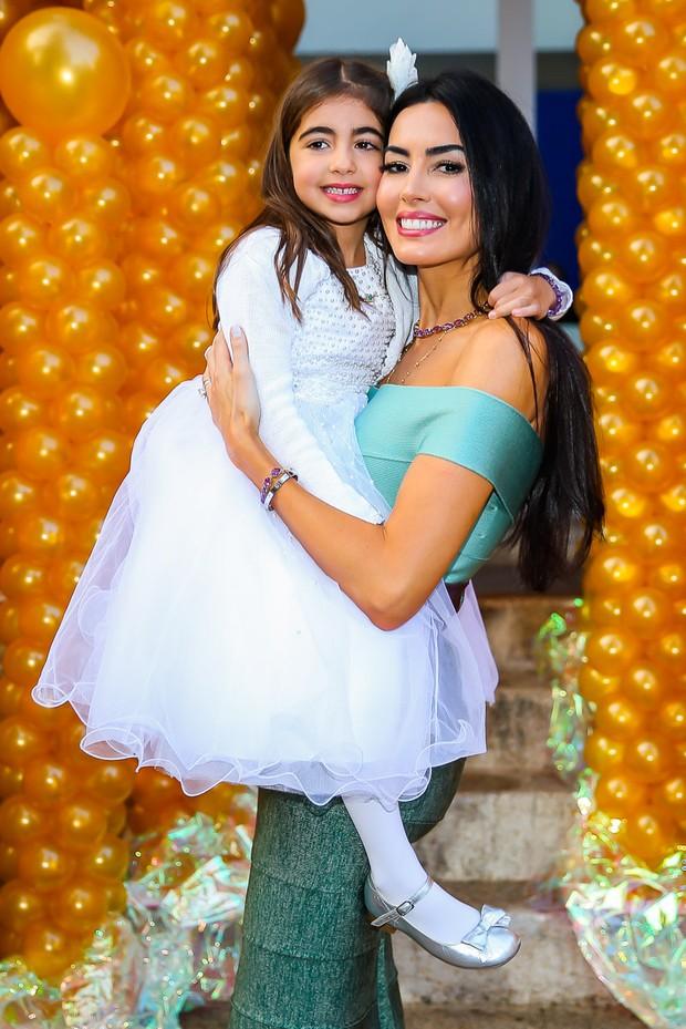 Iara Jereissati com a filha, Maria Clara (Foto: Manuela Scarpa / Brazil News)