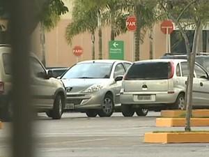 Moradores de Taubaté e São José têm carros roubados (Foto: Reprodução/TV Vanguarda)