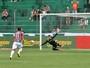 Neuer da Serra: pegador de pênaltis, goleiro do Ju se inspira em alemão