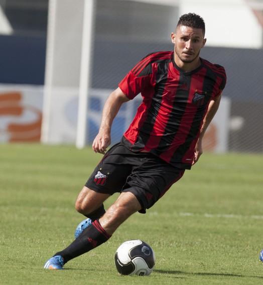 de molho (Flávio Torres / Ituano FC)