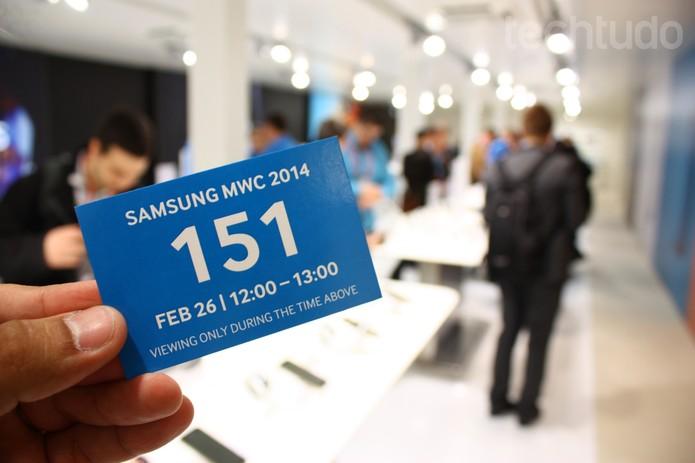 Convite para imprensa no estande da Samsung, na MWC   (Foto: Allan Melo/ TechTudo)